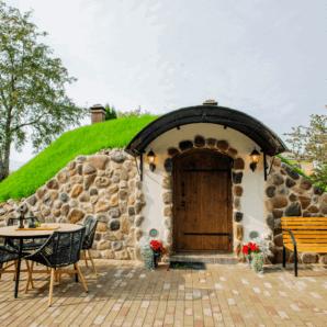 Weinkeller in Rapla – schützt den Nektar der Götter, bietet einen gemütlichen Aufenthaltsraum und eignet sich auch zur Lagerung von eingemachten Speisen und Herbstgaben.